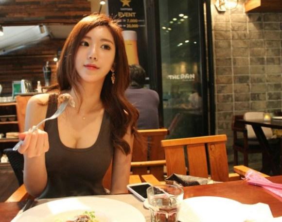 ท่าบริหารต้นขา สาวเกาหลีน่ารัก8