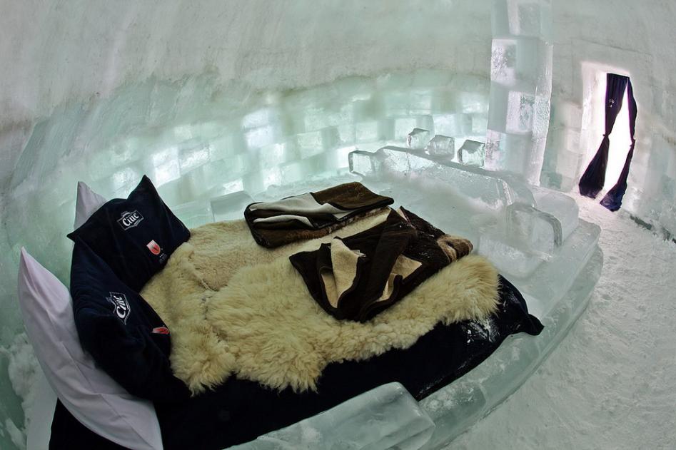 โรงแรมน้ำแข็งโรมาเนีย3