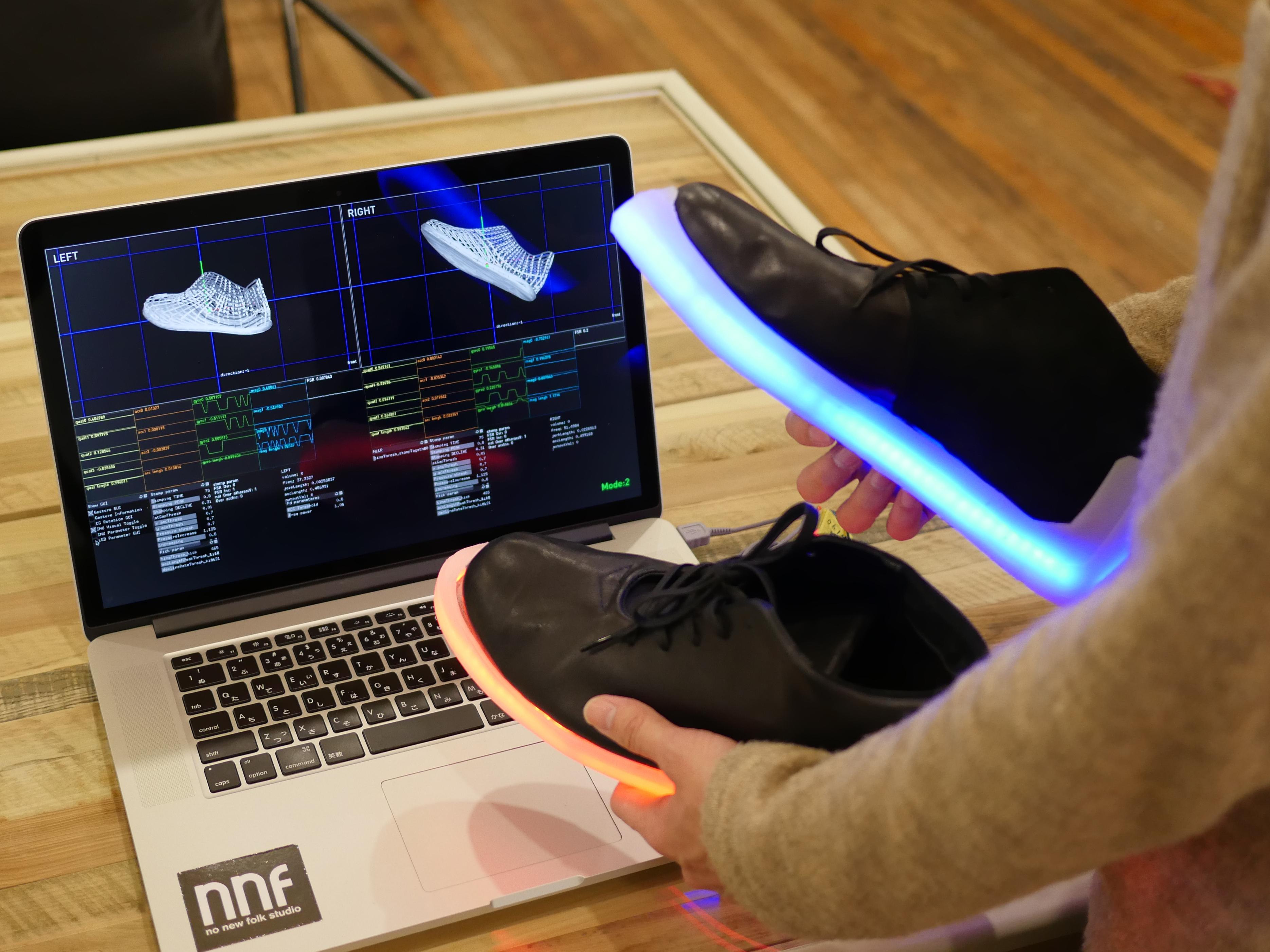 Orphe Shoes LED รองเท้าไฟ LED