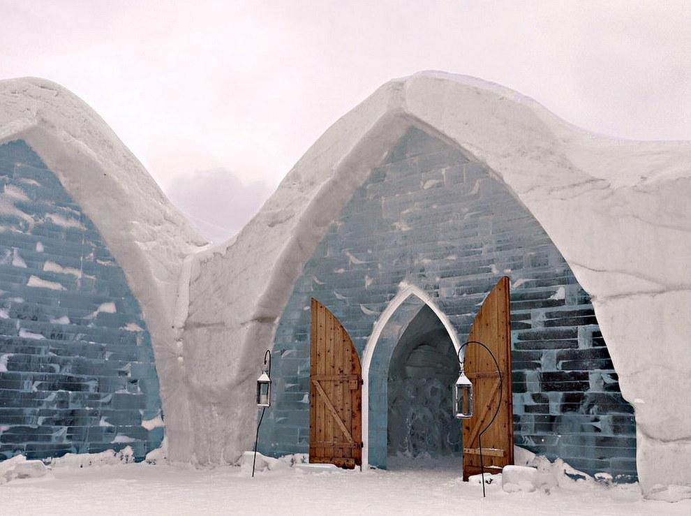 The Hotel de Glace โรงแรมน้ำแข็งแปลกๆ